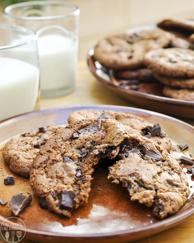 Nutella dark chocolate chip cookies have the deep dark robust flavors of dark chocolate with creamy Nutella all baked into one delicious cookie.