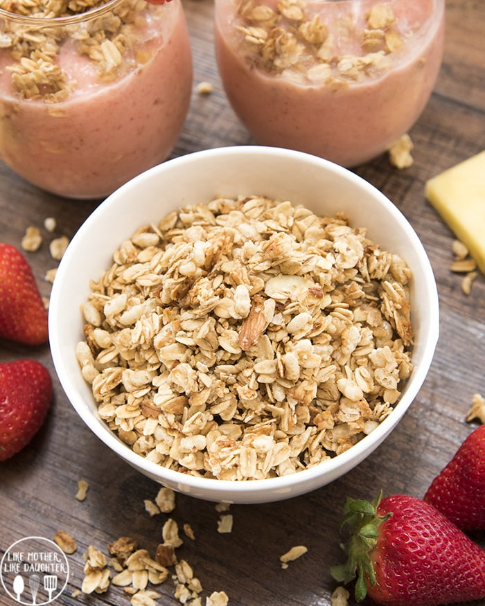 Strawberry Pineapple Smoothie is perfect for breakfast or a snack!