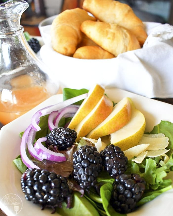 This pear blackberry salad is a perfect summer salad, great for a light dinner or lunch and perfect topped with a homemade lemon vinaigrette!