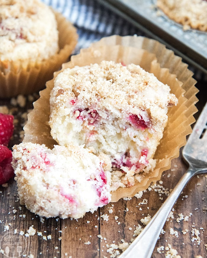 Raspberry Muffins with Streusel Topping