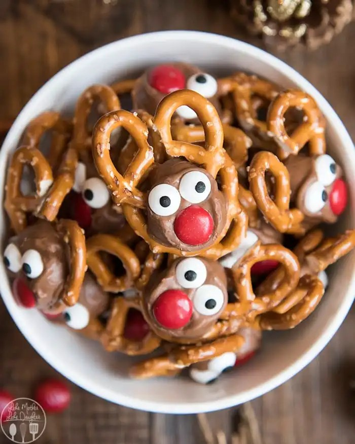 Pretzel Reindeer Treats