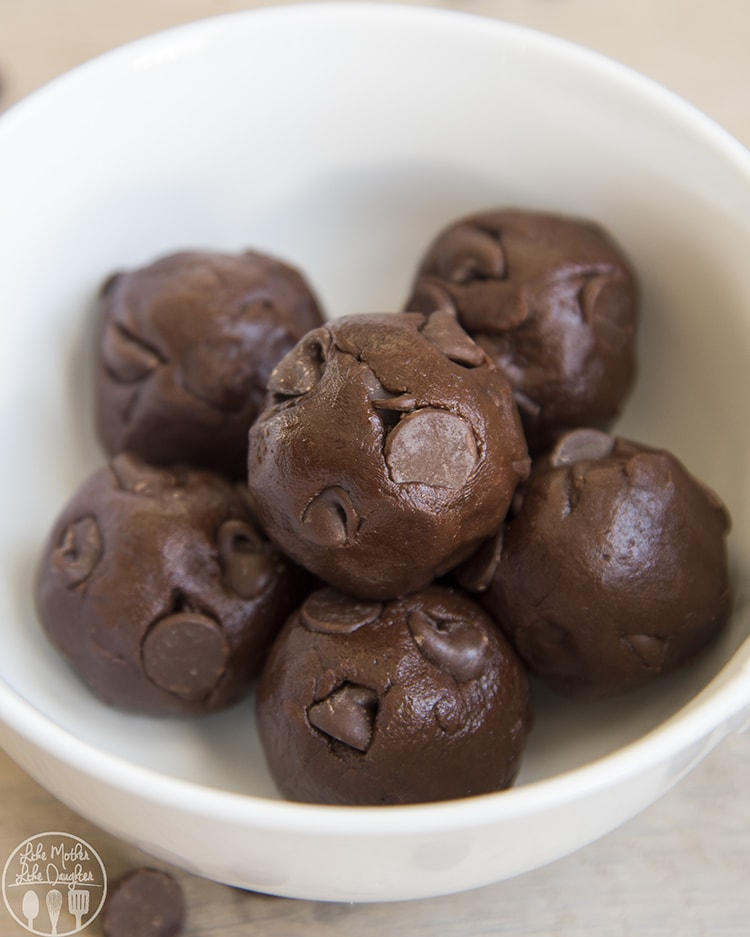 Chocolate cookie dough recipe for one, that is safe to eat!