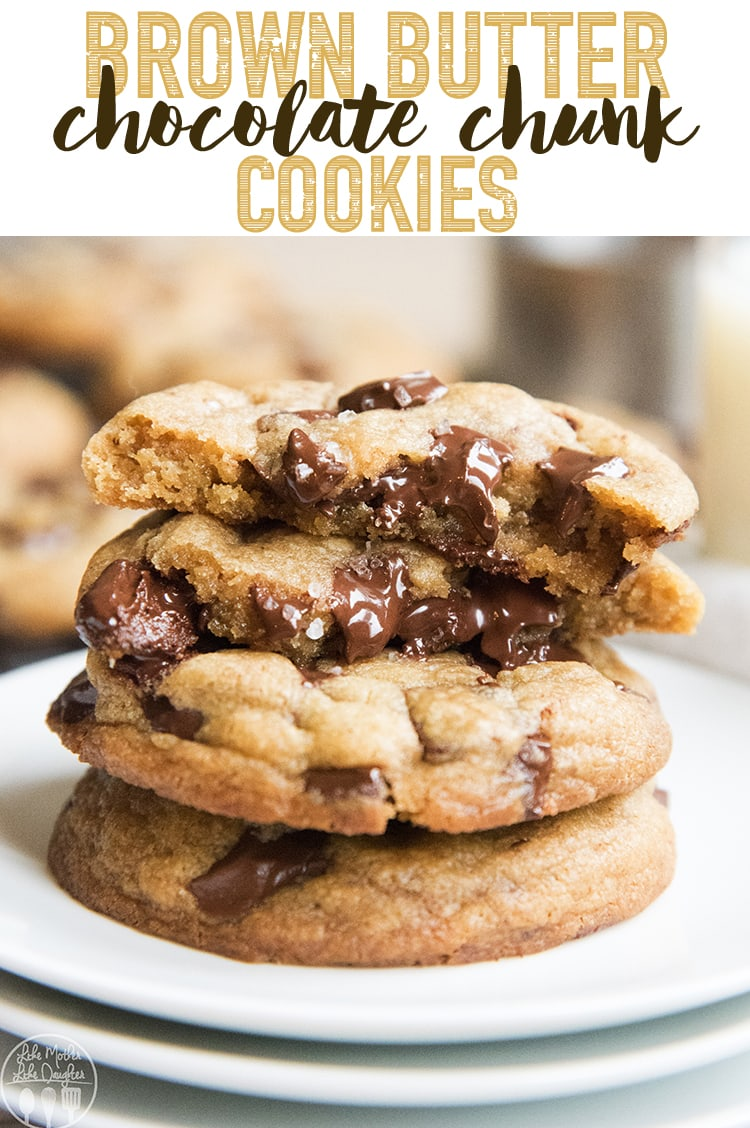 These brown butter chocolate chunk cookies are the perfect rich buttery cookies, packed full of melty chocolate in each bite! #chocolate #cookies #dessert #brownbutter #brownbuttercookies #chocolatechipcookies #chocolatechunkcookies