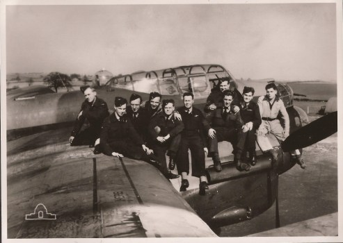 Crew of Lancaster bomber Easy Two