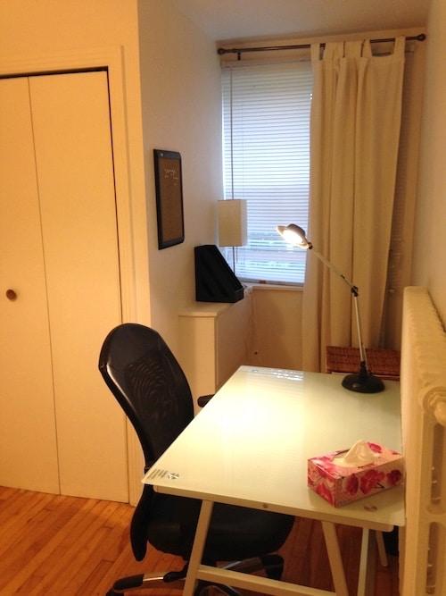 2ème chambre de l'appartement meublé 2 chambres montréal, LM Montréal, quartier Sud-Ouest de Montréal, location temporaire
