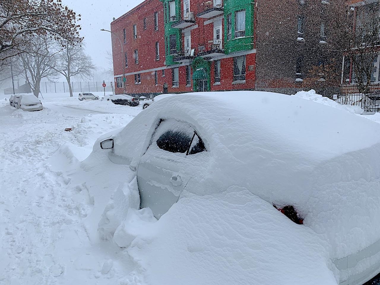 You are currently viewing Stationner votre voiture à Montréal en hiver