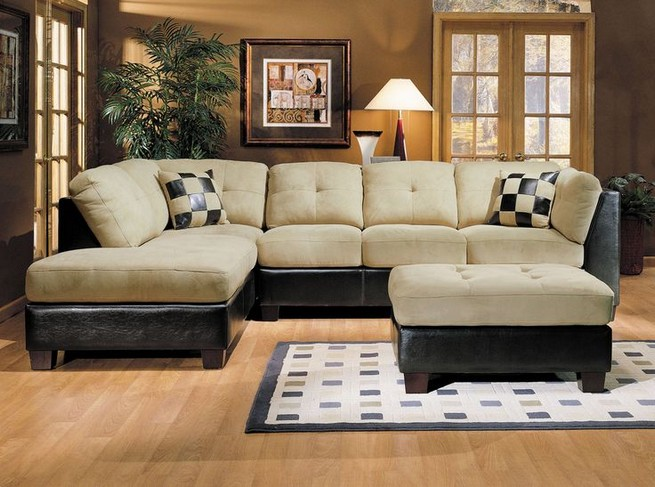14 Attractive Small Living Room Décor Ideas With Sectional Sofa 12
