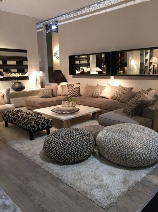 14 Attractive Small Living Room Décor Ideas With Sectional Sofa 21