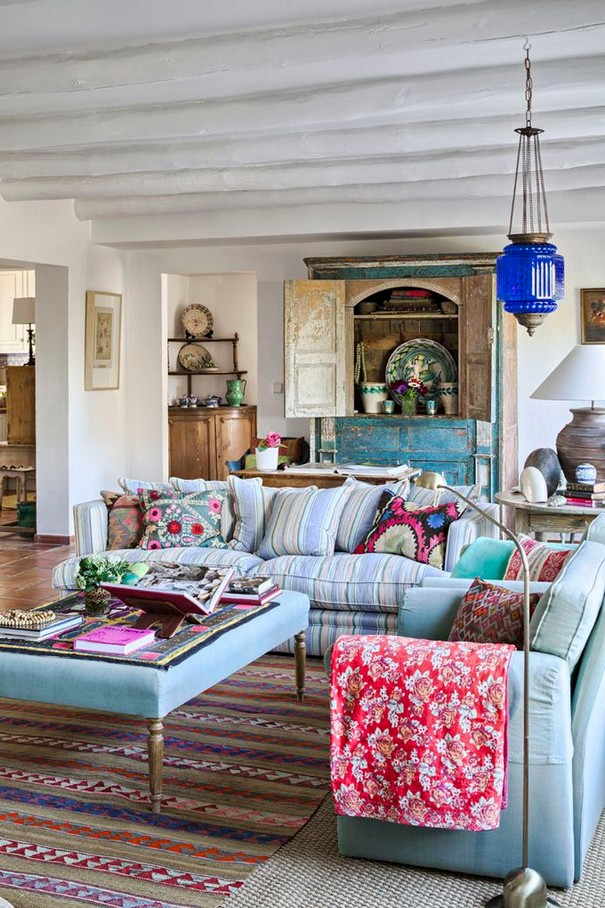 14 Incredible Colorful Bohemian Living Room Ideas For Inspiration 61