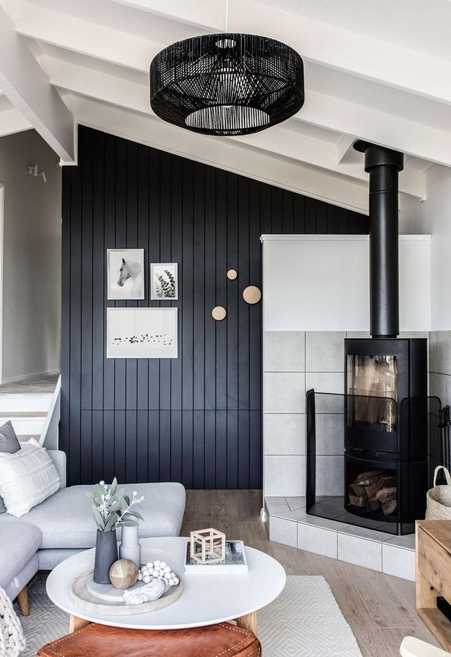 14 Relaxing Living Room Ideas With Black And White - lmolnar