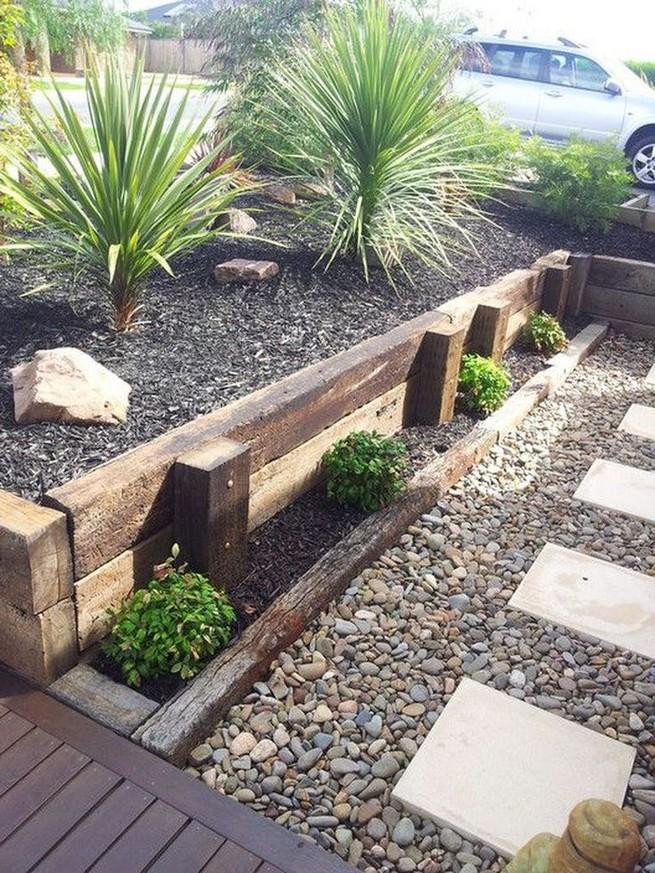 16 Delicate Garden Landscaping Design Ideas Using Rocks Stone 16