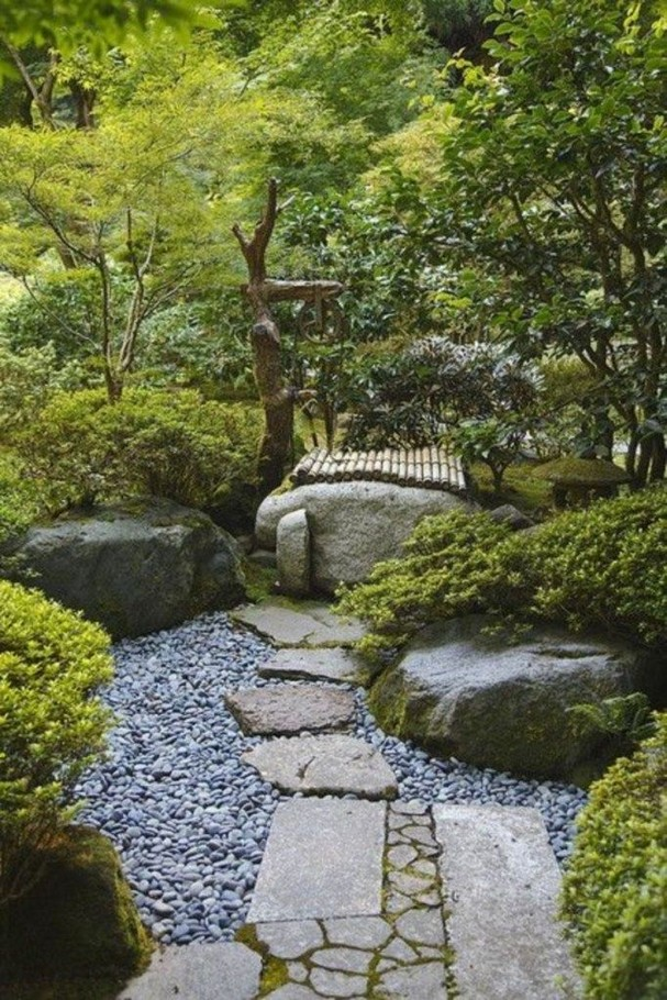 16 Delicate Garden Landscaping Design Ideas Using Rocks Stone 41