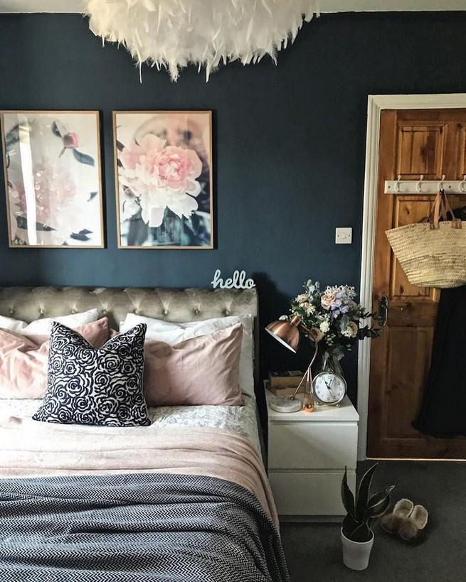 18 Impressive Bedroom Dressers Ideas With Mirrors 26
