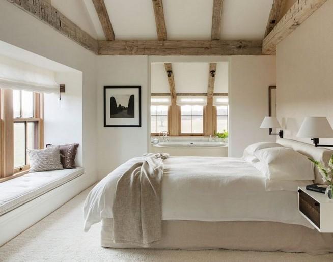 12 Unique Farmhouse Bedroom Remodel Ideas 28