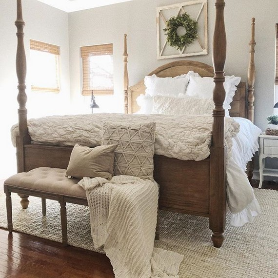 12 Unique Farmhouse Bedroom Remodel Ideas 38