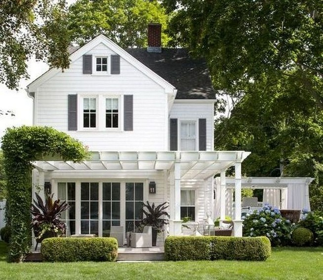 12 Wonderful Cottage House Exterior Ideas 19