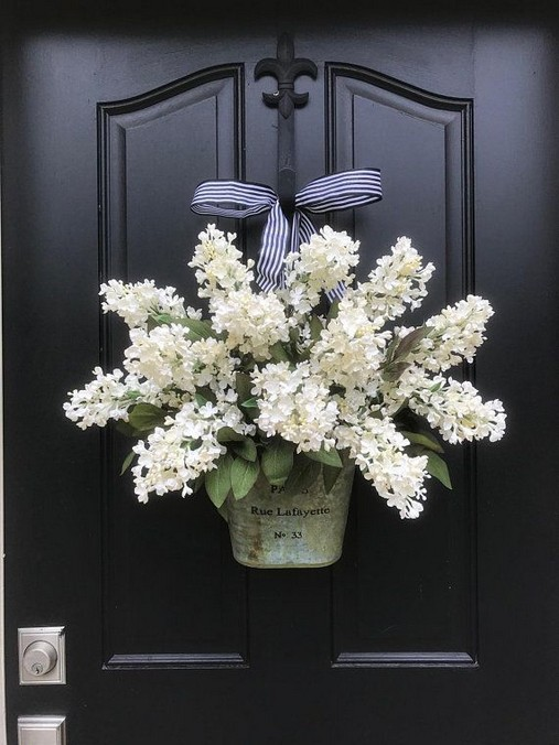 14 Creative Front Doors Decor Ideas 41