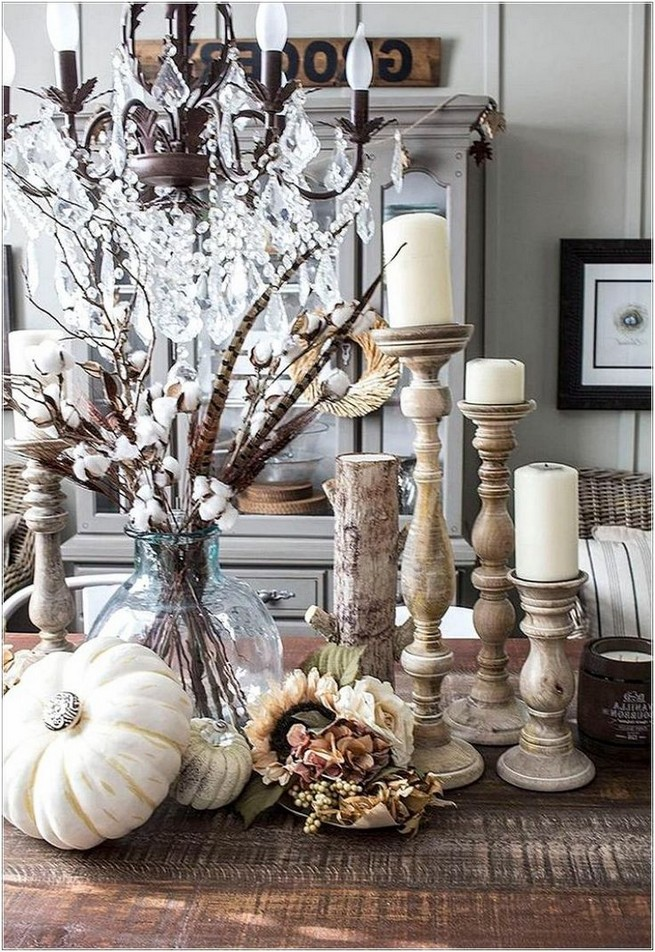 15 Inspiring Farmhouse Fall Decor Ideas 11