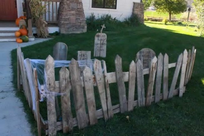 18 Easy Halloween Decorations Ideas 06