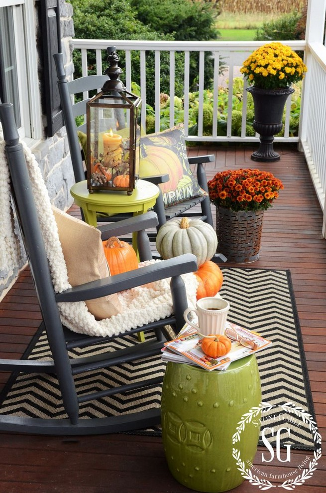 19 Cozy Outdoor Halloween Decorations Ideas 13