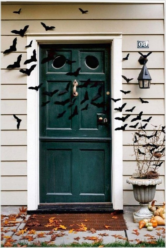 19 Cozy Outdoor Halloween Decorations Ideas 30