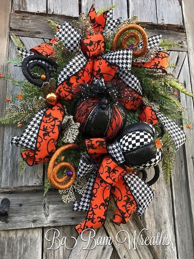 20 Adorable Diy Halloween Wreaths Design Ideas 15