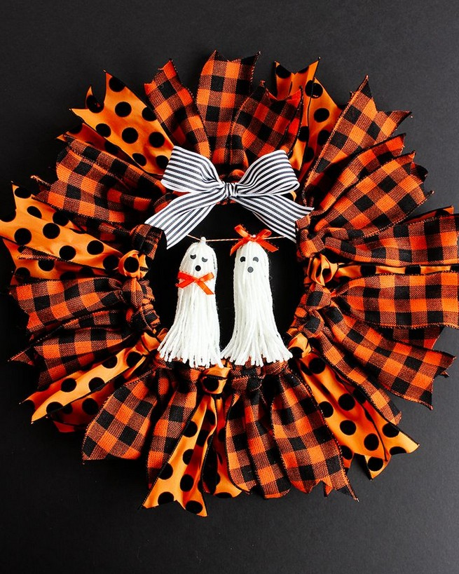20 Adorable Diy Halloween Wreaths Design Ideas 16