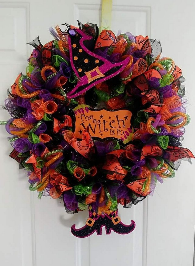 20 Adorable Diy Halloween Wreaths Design Ideas 32