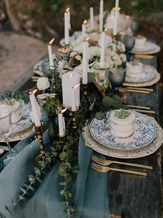 21 Romantic Rustic Winter Wedding Table Decoration Ideas 45