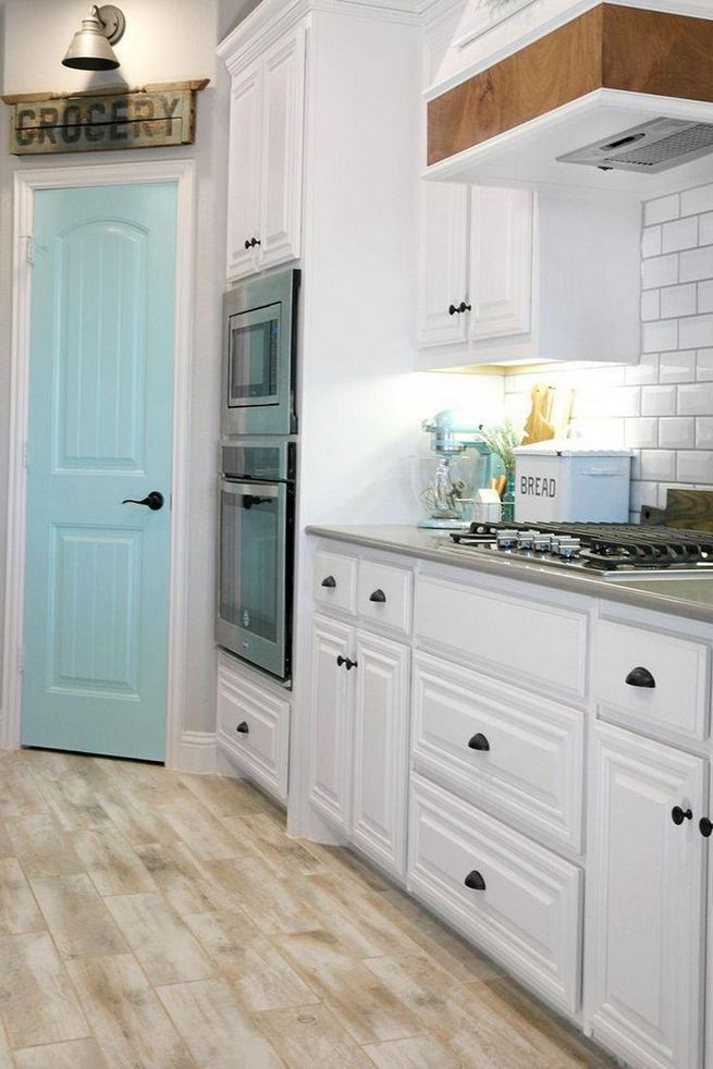 18 Easy Kitchen Cabinet Painting Ideas 03