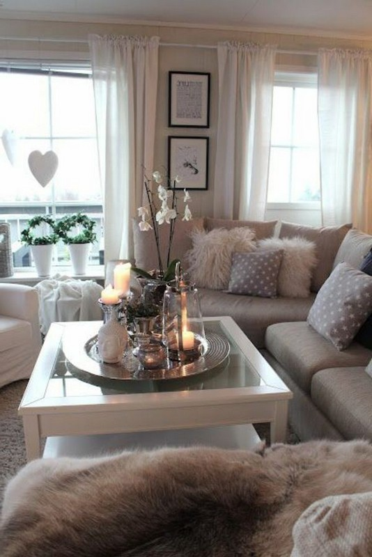 20 Comfortable Apartment Living Room Ideas With Unique Decor 34