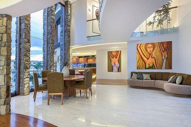 24 Impressive Glass Ceiling Indoor Design Inspiration Ideas 41