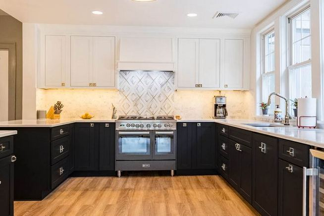 25 Best Ideas For Black Cabinets In Kitchen 10