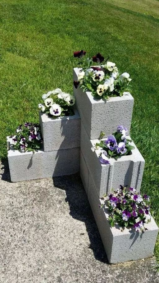 13 Creative Ways To Decorate Your Garden Home Using Cinder Blocks 12