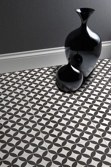 15 Awesome Black Floor Tiles Design Ideas For Modern Bathroom 14