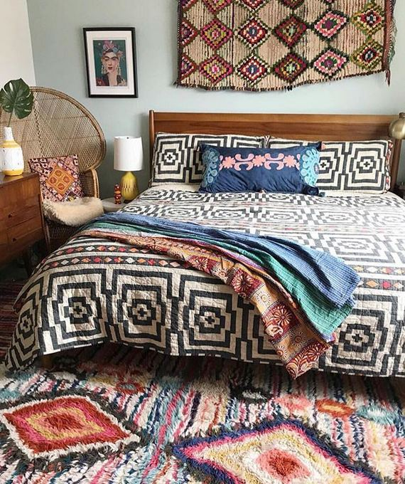 16 Awesome Colorful Moroccan Rugs Decor Ideas 12