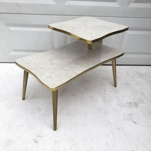 16 Impressive Mid Century Modern Coffee Table Ideas 46