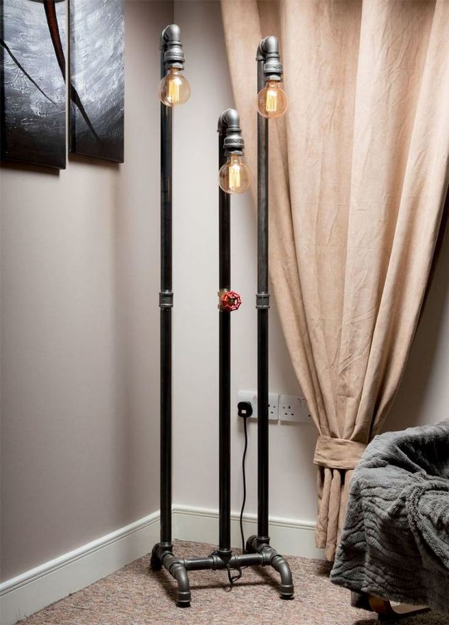 18 Adorable Industrial Floor Lamp Ideas For Living Room 38