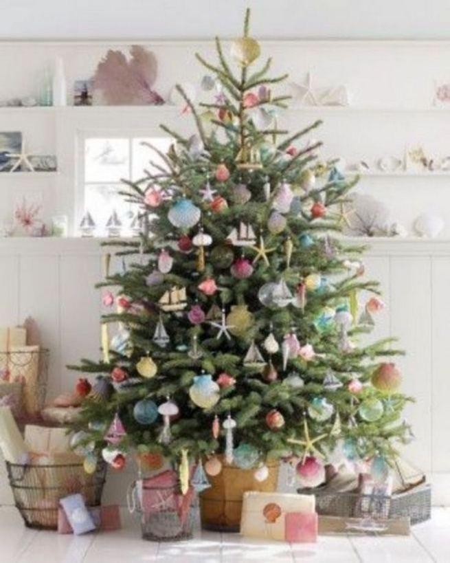 11 Pretty Ideas Christmas Tree Themes Home Decor Everyday 14