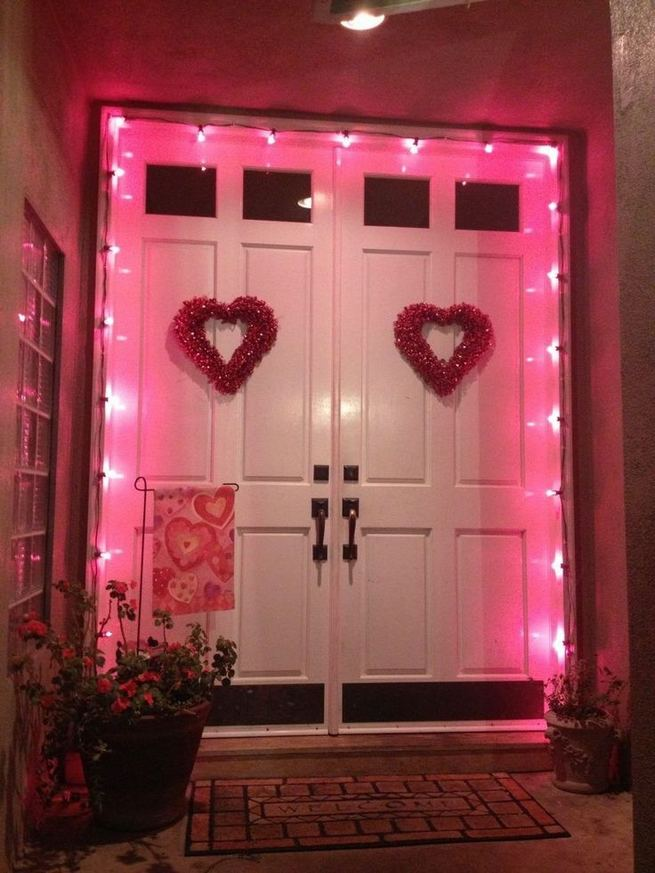 12 Adorable Valentines Outdoor Decorations Ideas 03