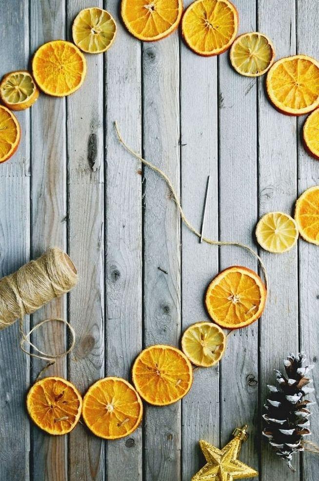 12 Creative DIY Holiday Garland Decorating Ideas On A Budget 12