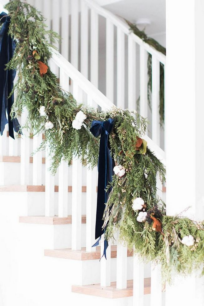 12 Creative DIY Holiday Garland Decorating Ideas On A Budget 21