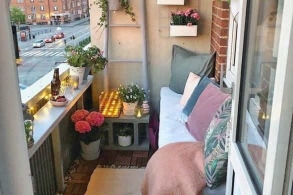 12 Creative Small Apartment Balcony Decorating Ideas On A Budget 06