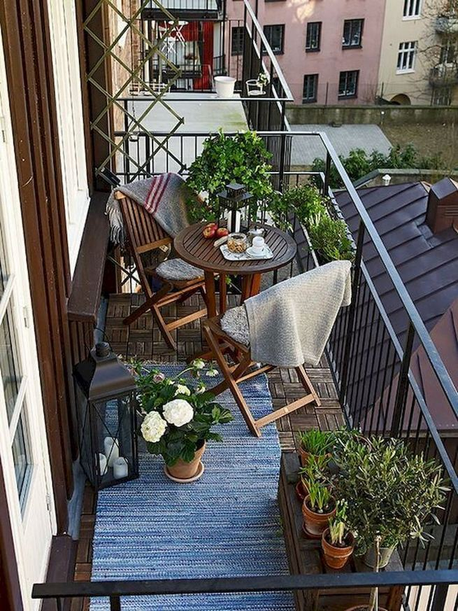 12 Creative Small Apartment Balcony Decorating Ideas On A Budget 32