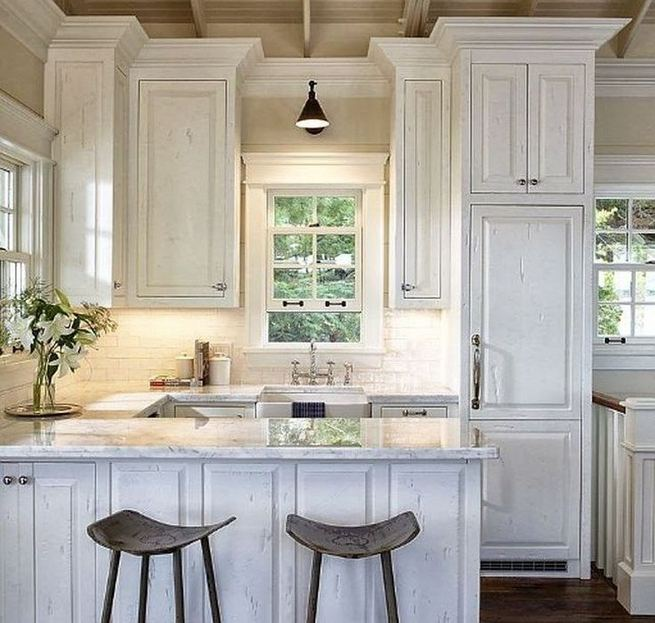 17 Inspiring Country Style Cottage Kitchen Cabinets Ideas 38
