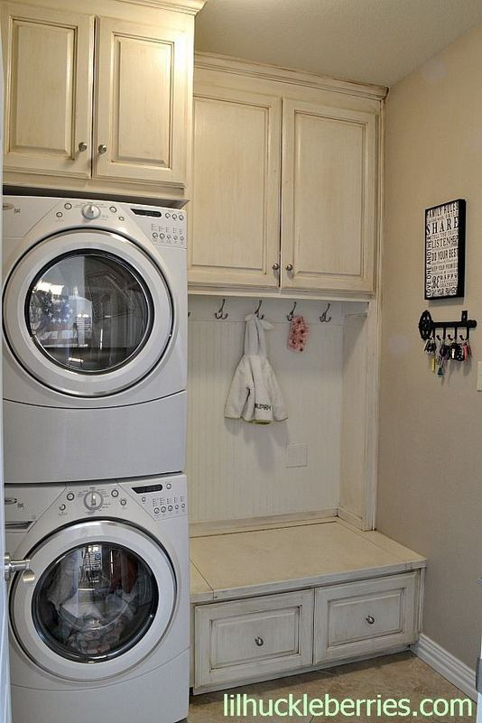 17 Top Cozy Small Laundry Room Design Ideas 07