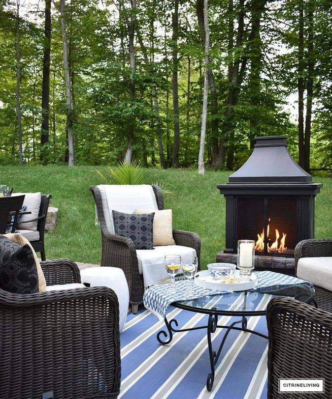 18 Gorgeous Outdoor Fireplaces And Patios Design Ideas For Your Backyard 16