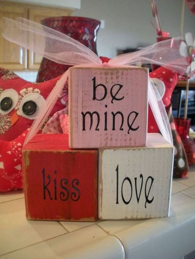 19 Awesome Valentines Signs Design Ideas 31