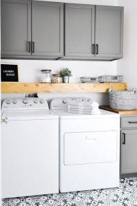 12 Beautiful Laundry Room Tile Pattern Design Ideas 14