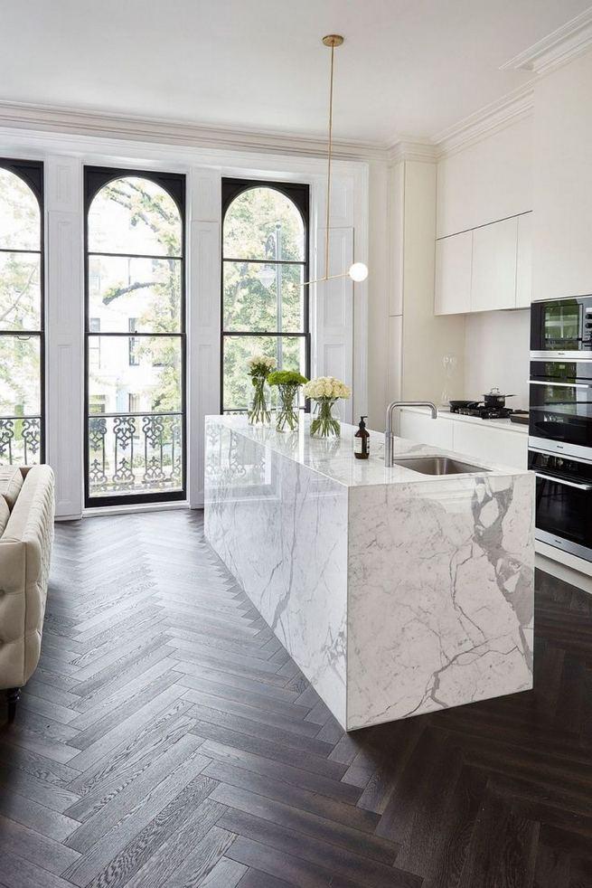 12 Stylish Luxury White Kitchen Design Ideas 26